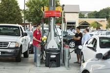 Zakaz sprzedaży paliwa pijanym kierowcom. Fala krytyki